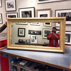 Оформление зеркал в багет